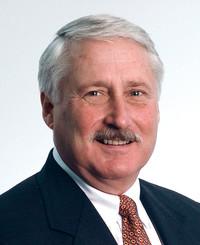 Agente de seguros John Mallett