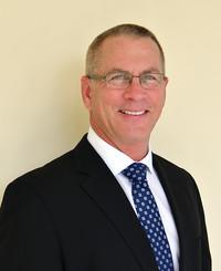 Agente de seguros George Meroni