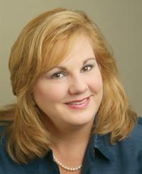 Insurance Agent Donna Minnich
