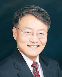 Agente de seguros Sean Kim