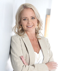 Insurance Agent Melissa Crews