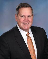 Agente de seguros Paul Donnelly