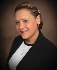 Insurance Agent Stephanie Hernandez