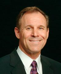 Agente de seguros Dennis Chaumont