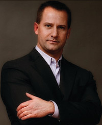 Agente de seguros Curtis Wolfe