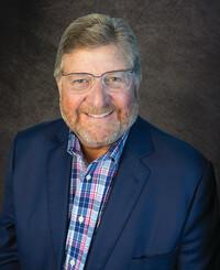 Agente de seguros Kyle Hickam