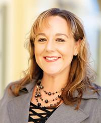 Agente de seguros Melanie Villeneuve-Gross