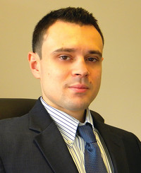 Insurance Agent Sam Djeniah