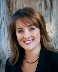 Insurance Agent Julia Tipolt