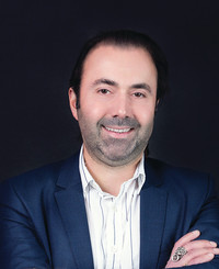 Agente de seguros Oleg Avanesov