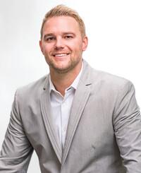 Agente de seguros Tate Teveldal