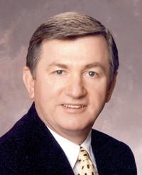Agente de seguros Max Chywski