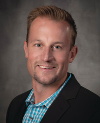 Agente de seguros Jon Rader