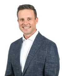 Insurance Agent Nick Pontiff