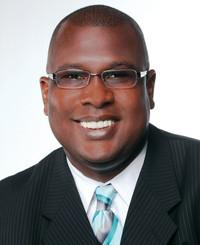 Agente de seguros Adrian Howard