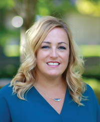Agente de seguros Karen Ayers