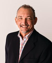 Insurance Agent Allan Davis Jr