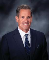 Agente de seguros Brian Faulk