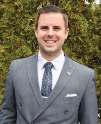Agente de seguros Trevor McBride