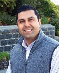 Insurance Agent Mike Mihrzad
