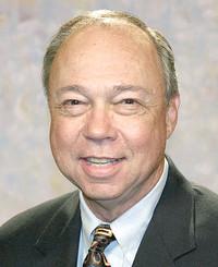 Agente de seguros Gene Arrant