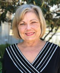 Agente de seguros Caroline Tuck