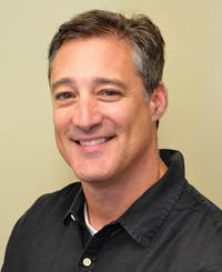 Agente de seguros Michael Testa