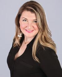 Agente de seguros Malyka Korgan