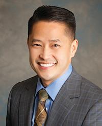 Agente de seguros Charles Do