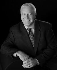 Agente de seguros Larry Dodson