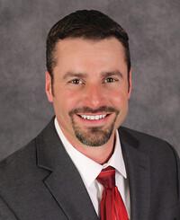 Agente de seguros Troy Crank