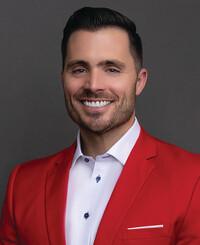 Agente de seguros Grant Buckner