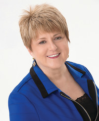 Insurance Agent Laura White