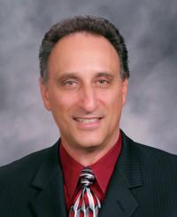 Agente de seguros Rob Damico