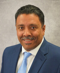 Agente de seguros Carlos Gonzalez, Jr.