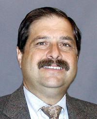 Agente de seguros Gary Cramer