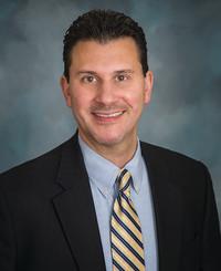 Agente de seguros Derek Gromko