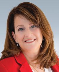 Insurance Agent Natalia Extin