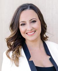 Insurance Agent Daniela Hernandez