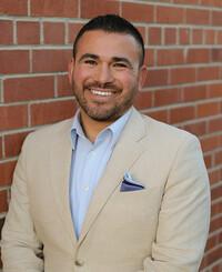 Agente de seguros Ariel Garza