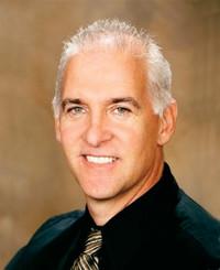 Agente de seguros Tom Ferraro