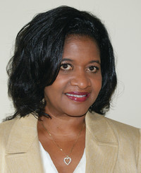 Agente de seguros Kim Bates
