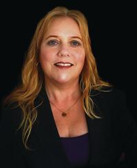 Insurance Agent Cecelia Mauseth