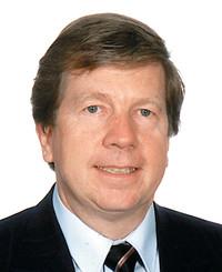 Agente de seguros Dean Gleeson