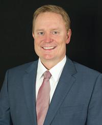 Agente de seguros Charles White
