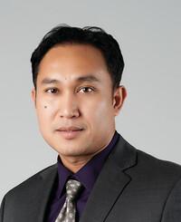 Insurance Agent Peter Kong