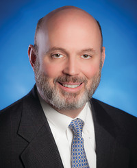 Agente de seguros Dan Friel