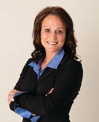 Agente de seguros Amatha Farrens