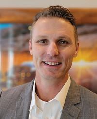 Agente de seguros Patrick Hall