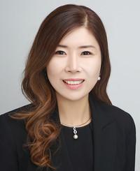 Agente de seguros Helen Lee